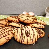 Biscottoni con burro d'arachidi